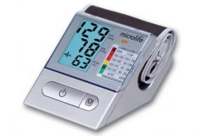 Тонометр BP A100 Light автомат, манж. М, pad, окошко д/фото